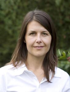 Kerstin Åkesson är rawfoodkock, konstnär och bildtolkare